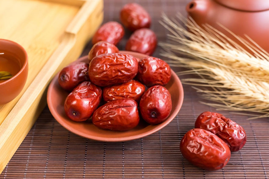 jujube-fruit | best remedy for sore throat | best herbs for blood flow | constipation remedies | natural remedies for insomnia